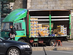 Orange seller (stevenbrandist) Tags: italy orange green fruit italia genoa genova oranges seller streetseller iveco