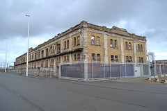 Koninklijk Stapelhuis, Oostende (Erf-goed.be) Tags: koninklijkstapelhuis stapelhuis pakhuis hangaar1 vlotdok oostende archeonet geotagged geo:lon=29321 geo:lat=51224 westvlaanderen