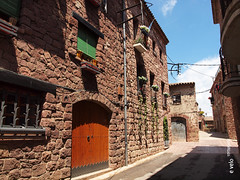 PRADES-33 (e_velo ()) Tags: 2016 catalunya baixcamp prades primavera spring olympus e620 buildings edificis edificios