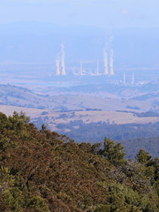 Power stations, viewed from a grassy bald at Mount Royal (Poytr) Tags: mountroyalnationalpark mountroyalnsw barringtontops worldheritagesite singleton grassybald rainforest warmtemperaterainforest mountain nsw hunterregion powerstation outdoor bayswaterpowerstation liddellpowerstation