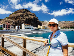 Playa de Santiago. La Gomera (Micha Olszewski) Tags: geographicalfeatures canaryislands lagomera playadesantiago pier civilengineering land spain waterstructures europe breakwater sea