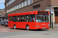 Arriva Midlands 2174 LF52USH (Andy4014) Tags: bus london midlands arriva hinckley dennisdart lf52ush