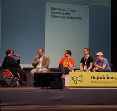 Abschluss des zweiten Tages: Digitales Quartett Live. Lustiges Internet-Personen raten; hier musste der Pressesprecher der SBB erraten werden.