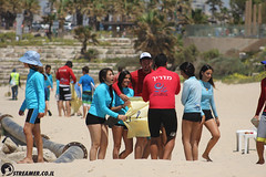 IMG_8760 (Streamer -  ) Tags: ocean sea people green beach nature students ecology up israel movement garbage sunday north group young cleanup clean teen shore bags  nonprofit streamer  initiative enviornment    ashkelon          ashqelon   volonteers      hofit