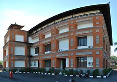 DPRD Karangasem (Everyone Sinks Starco (using album)) Tags: bali building gedung office kantor architecture arsitektur