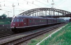 456 107  Heidelberg  08.05.77 (w. + h. brutzer) Tags: analog train germany deutschland nikon eisenbahn railway zug trains db heidelberg 456 eisenbahnen triebwagen triebzug et56 triebzge webru