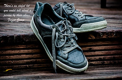 Run, Forest, Run!! (BGDL) Tags: garden shoes quote decking odc kennethcole forestgump afsnikkor55200mm1456g nikond7000 bgdl lightroomcc favouritemoviequotes