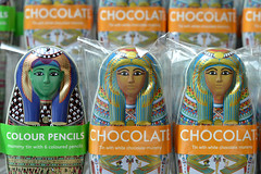 British Museum 26jun16 (richardbw9) Tags: london uk england city urban museum mummies mummy britishmuseum bloomsbury chocolate giftshop souvenirs gifts londonstreetphotography trio colouredpencils words