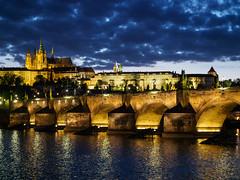 Prager Burg mit Karlsbrcke (13chris5) Tags: prag karlsbrcke moldau