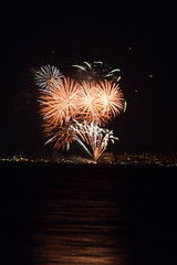 Cowes Week Fireworks (mme1998) Tags: fireworks light paintingwithlight cowes cowesweek sailing isleofwight hampshire solent night nikon d3300 dslr 55200mm longexposure sea ocean southampton