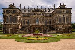 Palais (mierhhhlich) Tags: leicaq deutschland greatgarden ostdeutschland palais germany grossergarten saxony gebude dresen sachsen