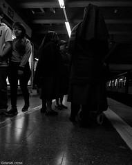 En el anden (espacios urbanos) /In the platform (urban spaces) (daniel.cross) Tags: ensayos monjasmetrossantiago