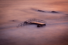 Stairway to Nowhere II (Jan Altenschmidt) Tags: shoreline beach england travelphotography 5dmarkii landscape greatbritain ocean marine seascape canon longexposure langzeitbelichtung sunset budestratton grosbritannien gbr