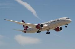 Virgin Atlantic Airways 787-900 Dreamliner (G-VBZZ) LAX Approach 1 (hsckcwong) Tags: lax 787 queenbee dreamliner virginatlanticairways 7879 787900 gvbzz