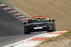 BRSCC Mazda MX-5 SuperCup (motorsportimagesbyghp) Tags: brandshatch britishracingsportscarclub brscc mazdamx5 mazdamx5mk3 mazdamx5supercup motorracing motorsport autosport racecar sportscar davidhenderson