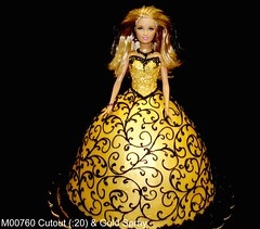 M00760 (merrittsbakery) Tags: cake shaped barbie doll toy gown dress