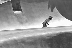 Skate (Tony__K) Tags: leica mm monochrome bw blackandwhite grom venice beach california ca skate contrast shadow f4 teleelmar 135mm classic