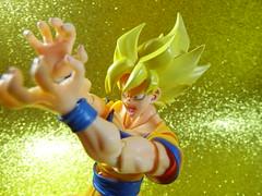 Goku (Matheus RFM) Tags: shfiguarts bandai dbz dragonballz goku