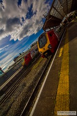 ChesterRailStation2016.09.22-13 (Robert Mann MA Photography) Tags: chesterrailstation chesterstation chester cheshire chestercitycentre trainstation station trainstations railstation railstations arrivatrainswales class175 class150 virgintrains class221 supervoyager class221supervoyager merseyrail class507 city cities citycentre architecture nightscape nightscapes 2016 autumn thursday 22ndseptember2016 trains train railway railways railwaystation
