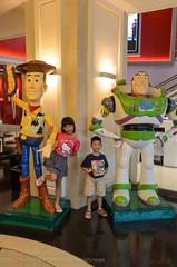 The toys are larger than they are (Stinkee Beek) Tags: thailand erin bangkok ethan krungthepmahanakhon terminal21