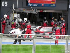 Practice pit stops for the #2 Audi (Tim R-T-C) Tags: racetrack silverstone audi motorracing motorsport autosport carracing onthegrid sportscarracing lemansprototype sportsprototype audisportteamjoest worldendurancechampionship audir18 fiawec