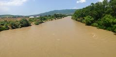 Mtkvari (Geo Max) Tags: world city travel bridge panorama nature water up river georgia cool zoom join stadt land sos geo wald tbilisi sakartvelo iphone tiflis 2015 traveltime mtkvari