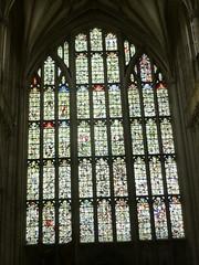 Fenster in der Kathedrale von Winchester (Swassermatrose) Tags: england church cathedral kathedrale kirche hampshire winchester 2016