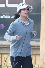 10 Pictures of Vanessa Hudgens without Makeup (stylesatlife) Tags: vanessahudgens