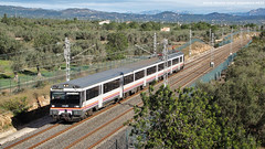 El rpid de Valncia (tunel_argentera) Tags: tren train ferrocarril railway zug renfe adif 470 ampolla camarles regional exprs