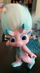 skylanna3 (meimi132) Tags: zelfs zelf series6 cute adorable trolls skylanna dragon pink wings blue