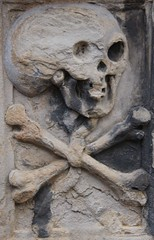 Holyrood Abbey (richardr) Tags: holyroodabbey holyrood abbey skull crossbones scotland scottish edinburgh britain british greatbritain uk unitedkingdom europe european history heritage historic old