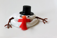 243/366 - Bad Weather For Snowmen (Fiona Dawkins) Tags: 366the2016edition 3662016 day243366 30aug16 melting snowman