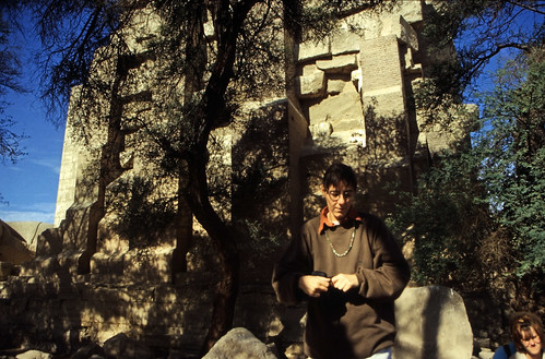 "Ägypten 1999 (422) Theben-West: Ramesseum • <a style=""font-size:0.8em;"" href=""http://www.flickr.com/photos/69570948@N04/29577807451/"" target=""_blank"">View on Flickr</a>"