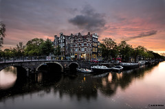 Amsterdam. (alamsterdam) Tags: amsterdam papeneiland brouwersgracht sunset reflections architecture