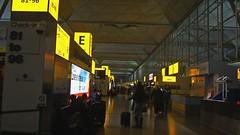 London Stansted Airport at night (Boris Samoylenko) Tags: london canon is airport interior aviation powershot stansted stn avia авиация аэропорт egss sx210 авиа