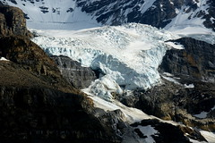 Glacier (Stefan Jrgensen) Tags: glacier icefieldsparkway columbiaicefield rockymountains canadianrockies canada alberta mountains ice snow rocks cliff