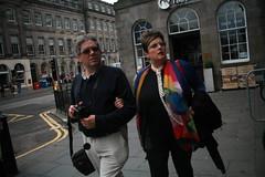 (Mrs.Black&White) Tags: edinburgh edinburghinternationalfestival sightseeing city canon5d pentaconf2829mm yellowline