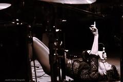 Cultura Off (Jezabel Galn) Tags: monocromtico mujer woman music musica directo concierto