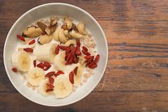 Cereals with Goji Beeries / Msli mit Goji-Beeren (philipp.alexander.ernst) Tags: cereal cereals goji beeries beeren msli