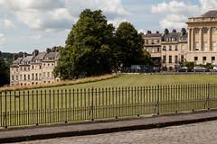 Private lawn | Royal Crescent | Bath-14 (Paul Dykes) Tags: bath somerset uk england georgian johnwoodtheyounger horn column 18thcentury eighteenthcentury gradeilistedbuilding