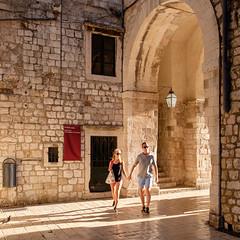 Dubrovnik (Ulrich J) Tags: kroatien dubrovnik byrum mennesker street cityscape croatia