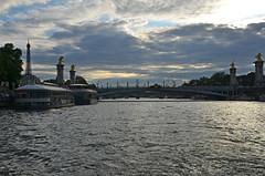 paris_2016_2514 (rollertilly) Tags: paris seine bateaux mouches frankreich france bootsfahrt brcken ponts pontneuf eiffelturm abendsonne