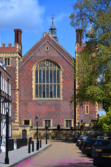 Great Hall / Lincoln's Inn (Images George Rex) Tags: uk england london architecture unitedkingdom britain victorian redbrick greathall newhall tudorrevival historicism diamondpattern quoining tracerywindow ccbyncsa20 diamondbrickwork imagesgeorgerex photobygeorgerex castellatedturrets