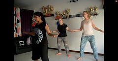 Bollywood Dance uitleg (MTTAdventures) Tags: dance workshop bollywood uitleg danseres lerares