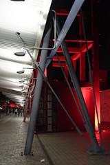 la vilette red&white #1 (JeSuisBelfouf) Tags: d610 nikon 50mm architecture colorful couleurs rouge blanc white red night nuit paris