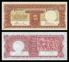 (AUP4b) 1934 Australia: Commonwealth of Australia, Ten Pounds (A/R)... (Jos Pestana) Tags: aup australia billete bills fondonegro fotografa jospestana oceana ocano ocanopacfico papermoney simbolo sony sonynex sonynex6 biglietto bilhete billet ithikithi itikiti pilet tiket tiketi tik tiogaid tocyn tkiti