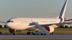 French at Sunset (Ben_Senior) Tags: ottawamcdonaldcartierairport ottawainternationalairport ottawaairport cyow yow ottawa ontario canada nikon d7100 nikond7100 bensenior frenchairforce france rpubliquefranaise airplane plane airliner airline aircraft aviation jet turbofan airbus a330 a332 a330200 vip government sunset sky airport ground parked