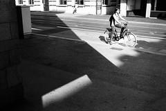 wait for your turn (gato-gato-gato) Tags: 35mm asph ch iso200 ilford leica leicamp leicasummiluxm35mmf14 leicasummiluxm50mmf14asph mp mechanicalperfection messsucher schweiz strasse street streetphotographer streetphotography streettogs suisse summilux svizzera switzerland wetzlar zueri zuerich zurigo zrich analog analogphotography aspherical believeinfilm black classic film filmisnotdead filmphotography flickr gatogatogato gatogatogatoch homedeveloped manual rangefinder streetphoto streetpic tobiasgaulkech white wwwgatogatogatoch zrich leicam6 m6 manualfocus manuellerfokus manualmode schwarz weiss bw blanco negro monochrom monochrome blanc noir strase onthestreets mensch person human pedestrian fussgnger fusgnger passant