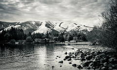 _MG_9666 (Fernandolunad) Tags: bw byn blackandwhite blancoynegro monocromtico monochrome landscape paisaje mountain montaa lago lake patagonia sky cielo