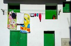 dia de playa (adrizufe) Tags: hondarribia fachada colada diadeplaya summer verano toallas gipuzkoa basquecountry nikonstunninggallery ngc aplusphoto adrizufe adrianzubia